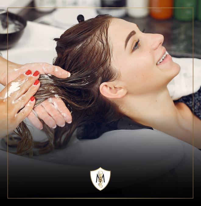 Shampooing et traitement, botox capillaire